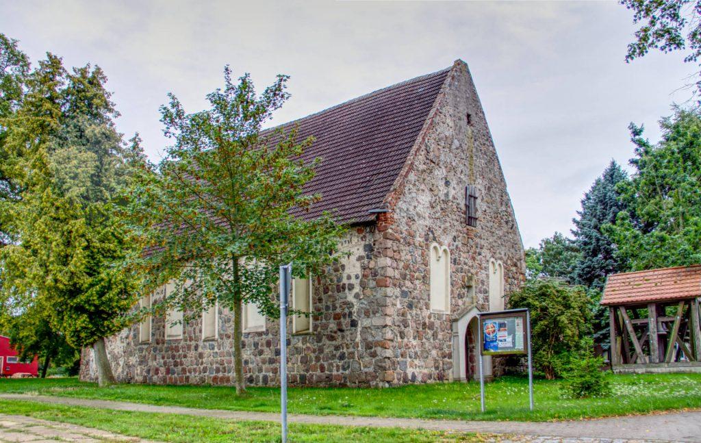 Kirche Staven