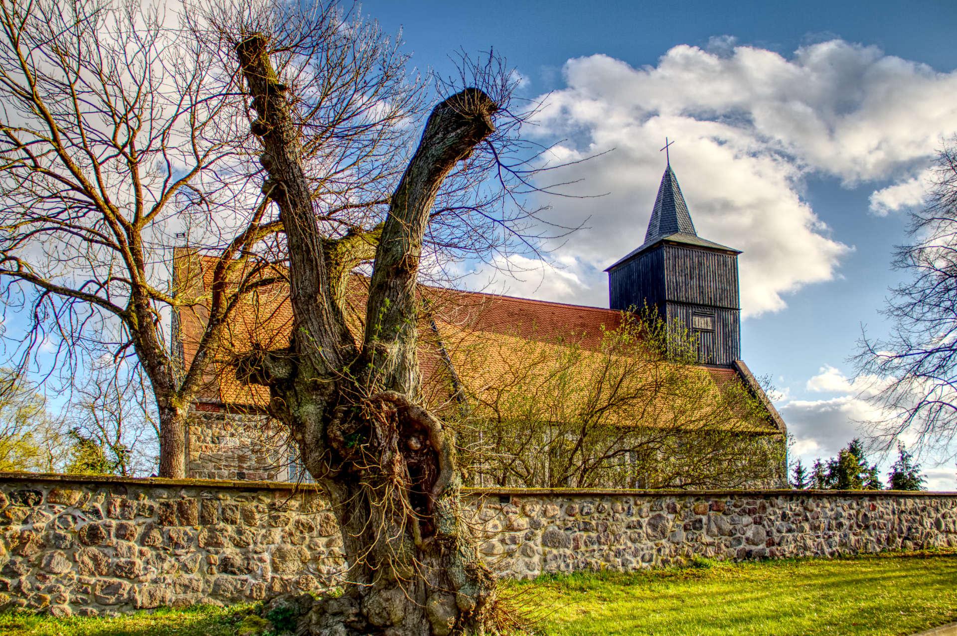 Dorfkirche Polßen