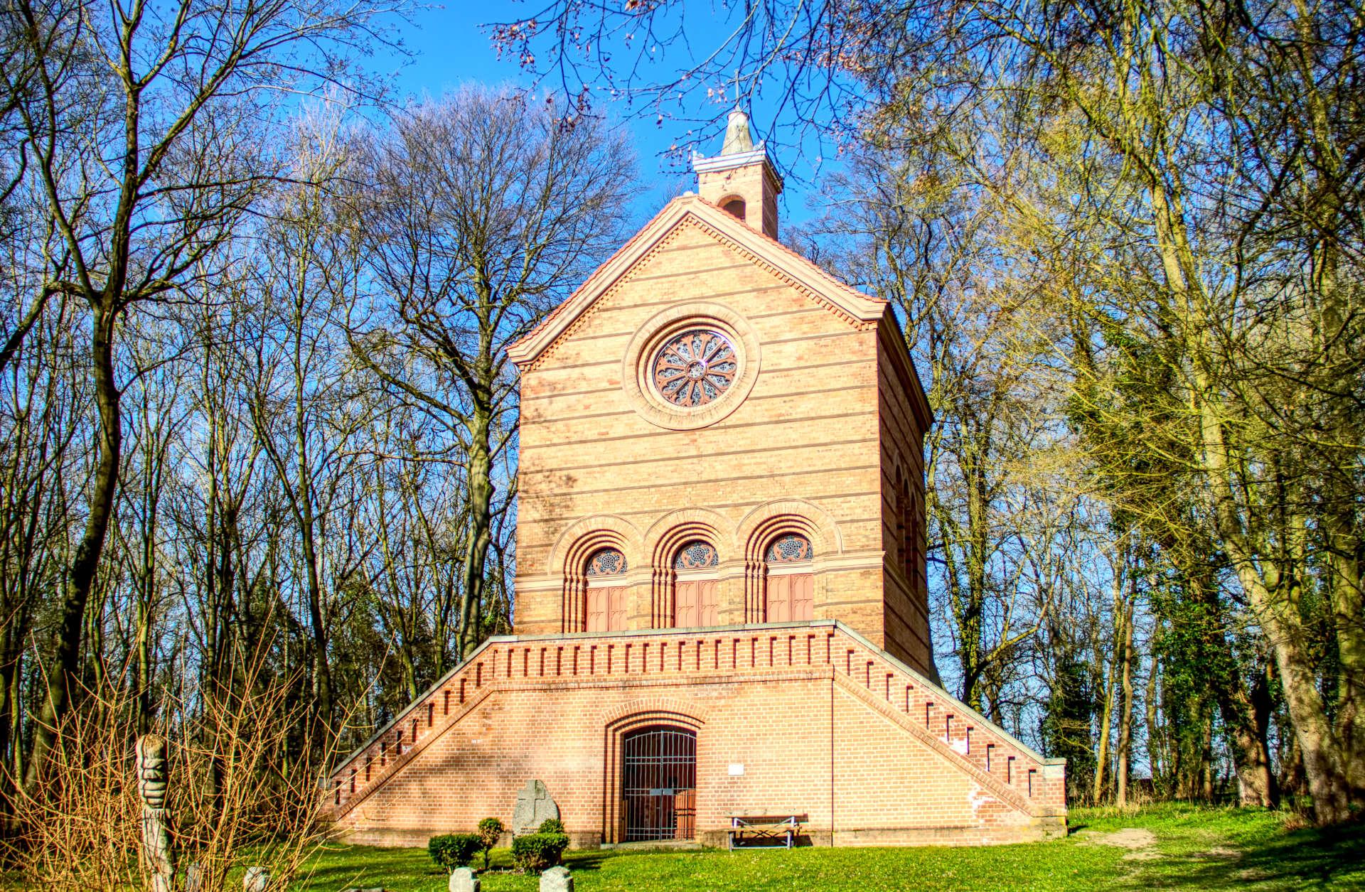 Schuckmann`sche Grabkapelle Battinsthal