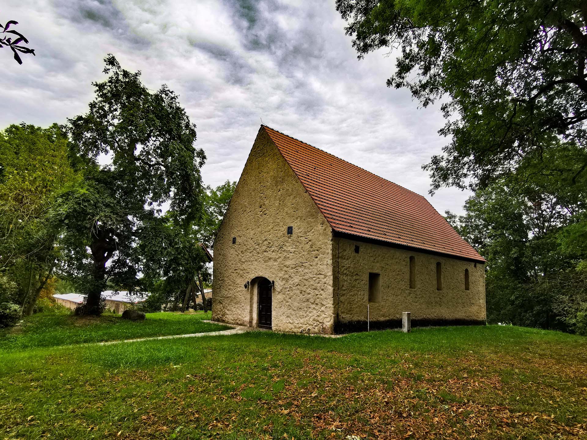 Dorfkirche Pomellen