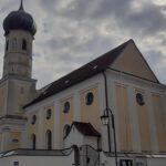 Pfarrkirche Heilig Kreuz Hofolding