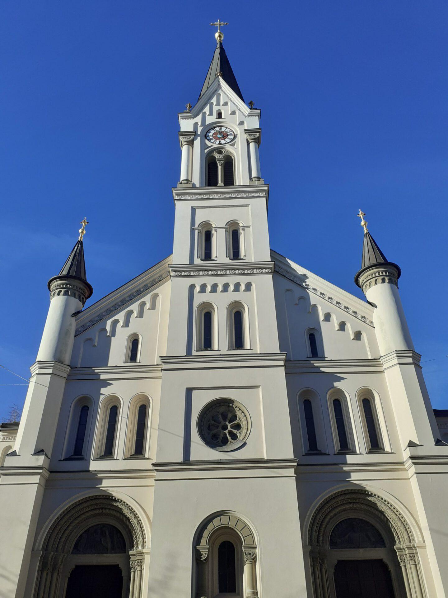 Pfarrkirche St. Benedikt München-Schwanthaler Höhe